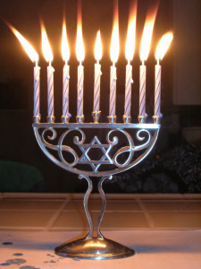 fully-lit-menorah